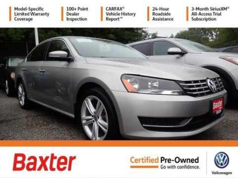 Certified Pre-Owned 2014 Volkswagen Passat TDI SE w/Sunroof